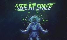 Life At Space İndir Yükle